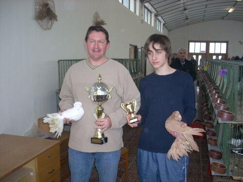Jan Procinger na fotografii vlevo
